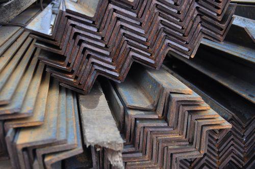 Белорусские металлические двери: особенности, достоинства, разновидности