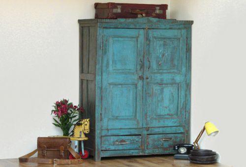 Что можно сделать из старого шкафа?