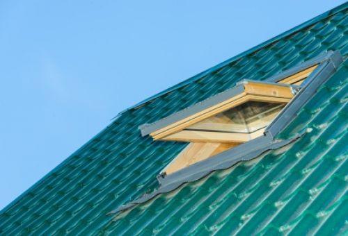 Что стоит знать о мансардных окнах?