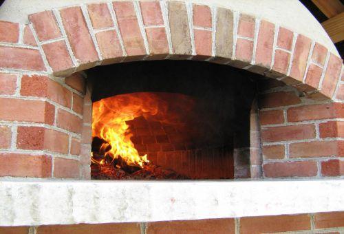 Как правильно эксплуатировать и сушить каменную печь