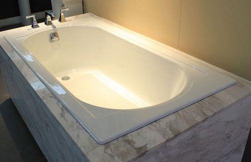 Как проводить ремонт акриловой ванны