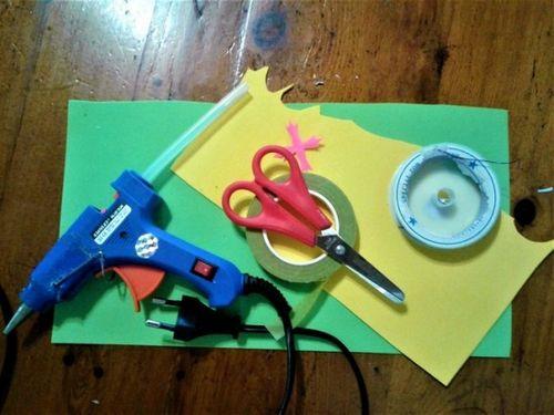 Как сделать одуванчик из фоамирана: мастер-класс с фото. одуванчики из фоамирана своими руками – это несложно!