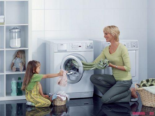 Как стирать подушки в домашних условиях? какая разница в стирке подушек из натурального и синтетического материала