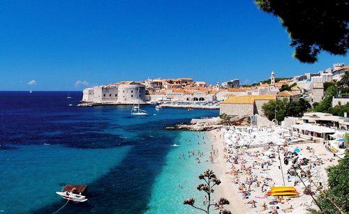 Кипр: стабильность, лояльность, удобство въезда и лето круглый год