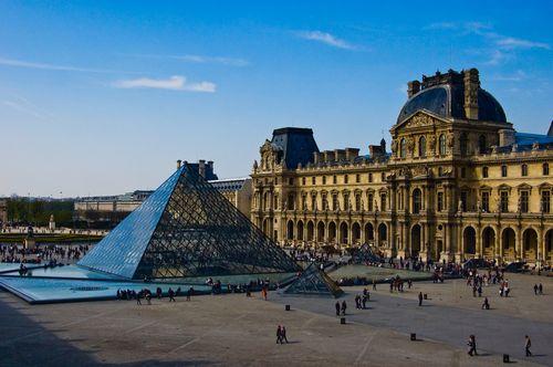Лувр как антология французской архитектуры