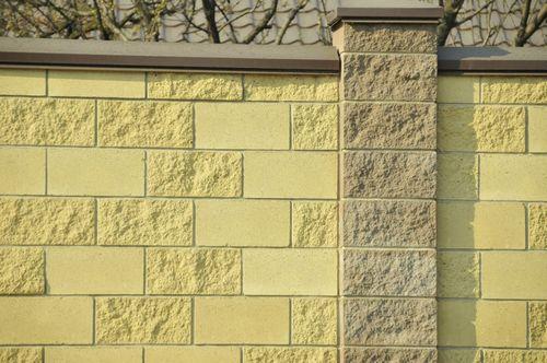 Монтаж стенового камня