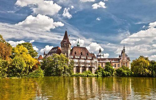 Несправедливо забытая венгрия: надежные инвестиции в недвижимость