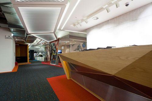 Офис недели: мир супергероев в штаб-квартире альфа-лаборатории