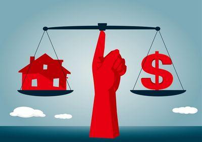Почему выгодно строить дом своими руками?