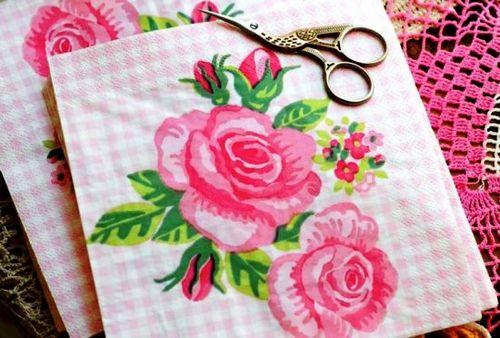 Поделки из салфеток своими руками: нежная китайская розочка или пышный шар из одуванчиков. делаем розы из салфеток своими руками