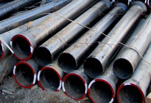 Преимущества и применение чугунных труб в современном строительстве