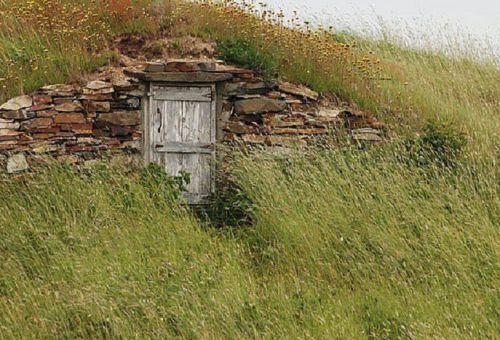 Секреты строительства наземного погреба