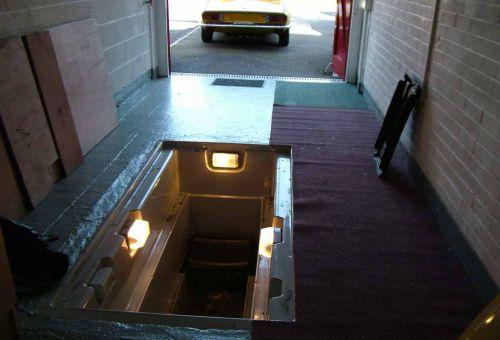 Смотровая яма для обслуживания авто