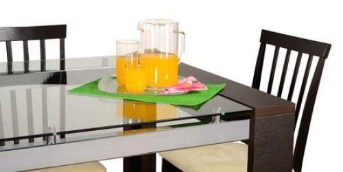 Стеклянная мебель и ее преимущества