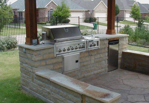 Строительство летней кухни на садовом участке