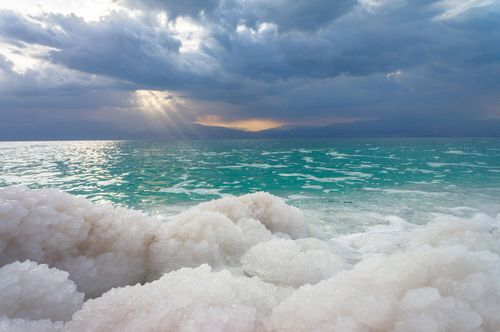 Вечер у моря. выбираем страну для достойной старости