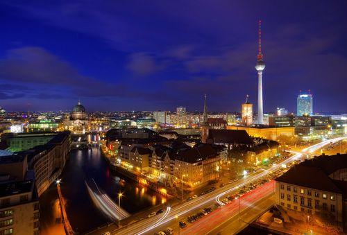 Восточный берлин: девелоперы осваивают пространство холодной войны